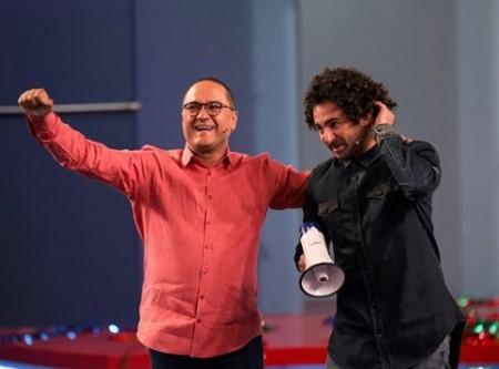 رامبد جوان و سید هومن شاهی خواننده تیتراژ ابتدایی خندوانه