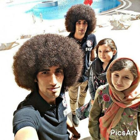 سارا و نیکا , سارا و نیکا فرقانی اصل , عکس سارا و نیکا با رحمان و رحیم بازیگران سریال پایتخت 5